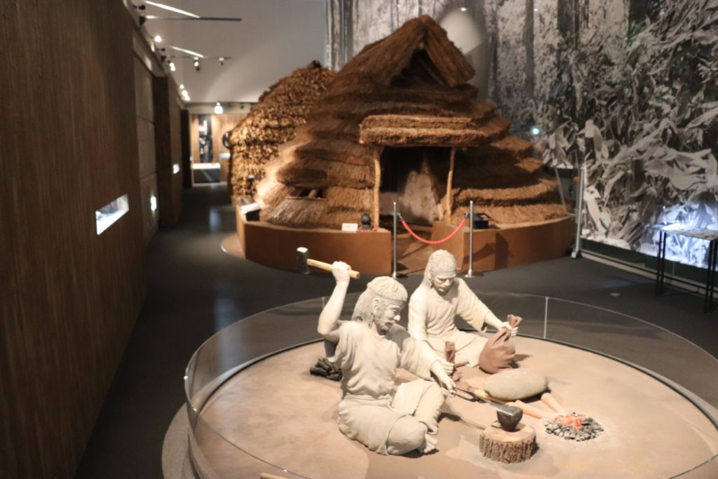 旭川市博物館のアイヌの家の展示